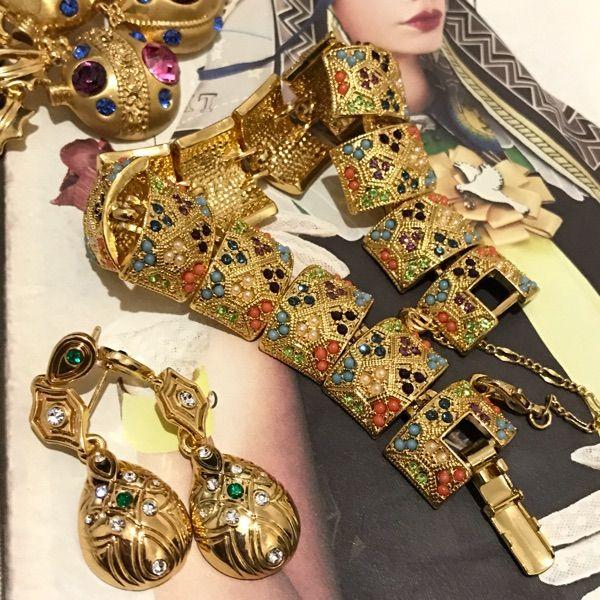 США приобрести старинные золотые ювелирные изделия покрыли серьги одиночные камни инкрустированы египетского западном стиле ретро аксессуары брошки - глобальная станция Taobao