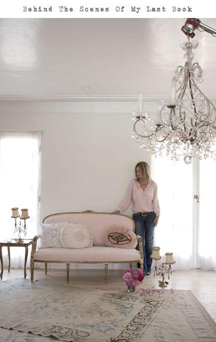 Rachel Ashwell: Rachel Ashwel Decor, Interiors Design, Country Chic, Rachel Ashwel Shabby, Apartment Ideas, Shabby Chic Cottages, Ashwel Shabby Chic, Ashwel Interiors, Ashwellshabbi Chic
