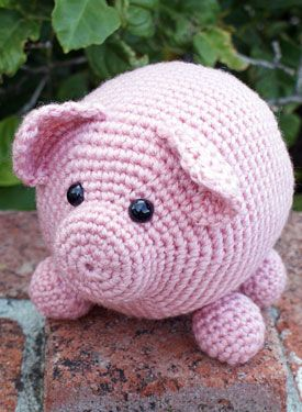 Crochet amigurumi pig love it; I could probably figure this one out =)