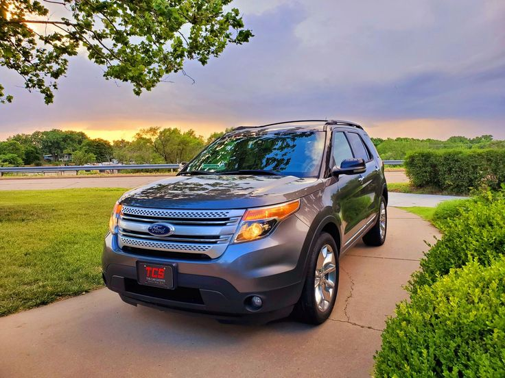 2013 FORD EXPLORER XLT SPORT UTILITY in 2020 Ford