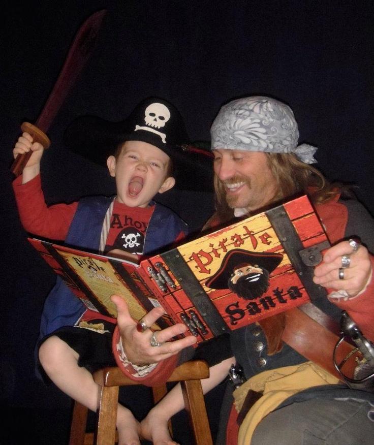 Jeff and Wilde read Pirate Santa  www.piratesanta.com