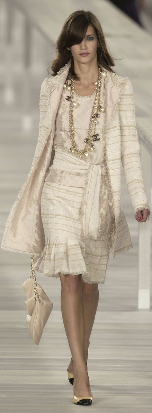 Best 25+ Chanel dress ideas on Pinterest | Chanel fashion ...