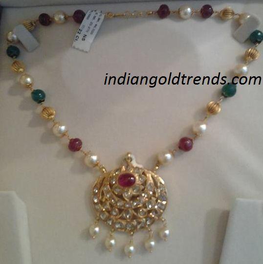 http://3.bp.blogspot.com/-noj2BPQ4uUA/UscYGDMHxjI/AAAAAAAAV_s/gS2Gq0YeH2c/s1600/mahalaxmi+jewels.png