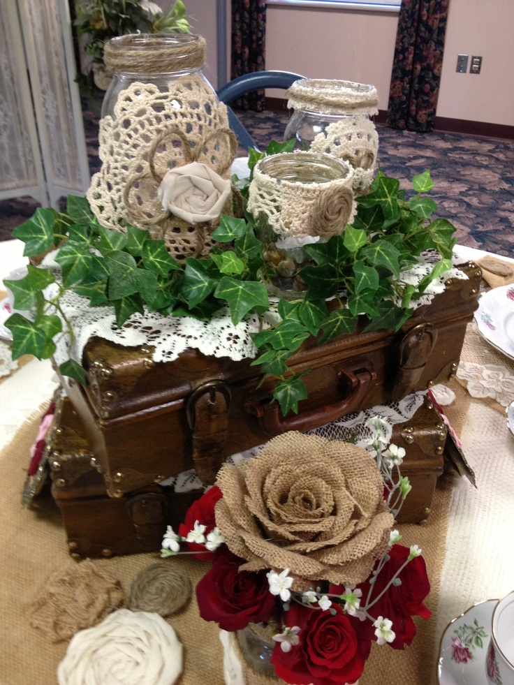 Burlap table decor pinterest photograph burlap table decor for Decorating ideas using burlap