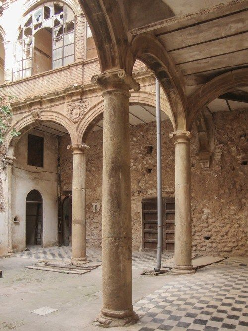 Renewal of the Palau-Castell Renaissance Cloister in Betxí El... - Zang Media