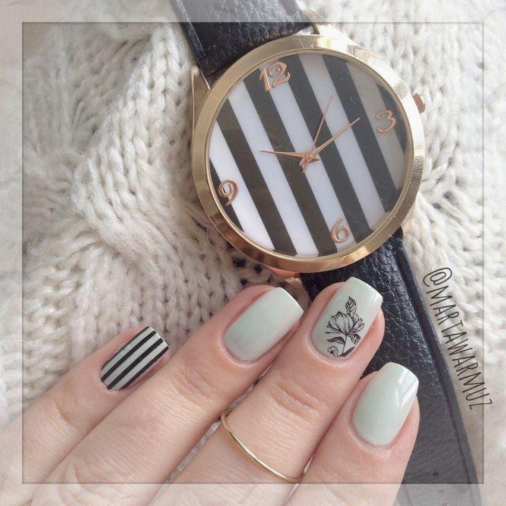 My #NOTD (from Instagram @Marta Draper Warmuz) or blog www.chitchatnails.com #nails #fashion #trendy
