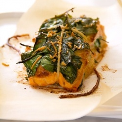 Spinach & Feta Stuffed Salmon. Simple, impressive, delicious. Gonna have to try this!: Fish Seafood, Seafood Shellfish Fish, Recipes Seafood, Salmon Fillet, Spinach Feta Stuffed, Spinach Stuffed