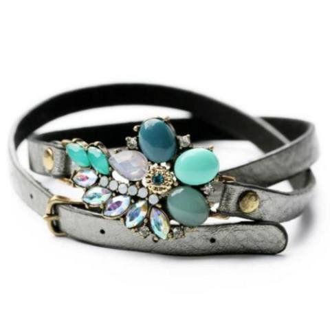 Bracelet - 'Delicate Flower' Leather Essential Oil Bracelet Diffuser