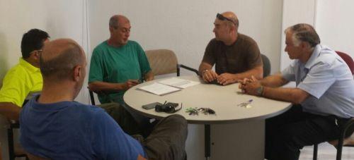 Reunión de IU con el Comité de Empresa y la Junta de Personal del Ayuntamiento de Almuñécar