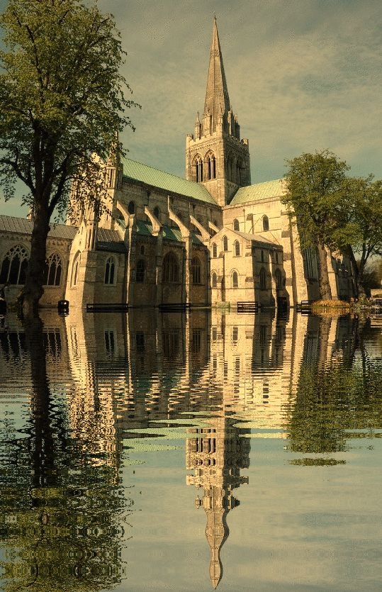 Chichester Cathedral, Sussex, England http://www.banyanld.com/cva/how_it_works.html