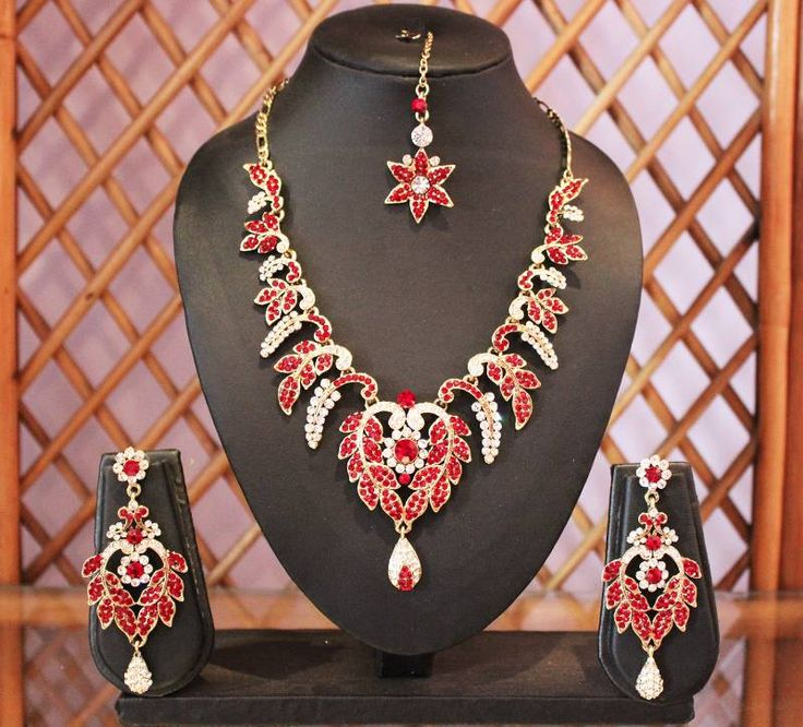 Adorn this beautiful necklace set to sparkle in any occasion and to add the lacking luster to any Indian or Indo-western attire!