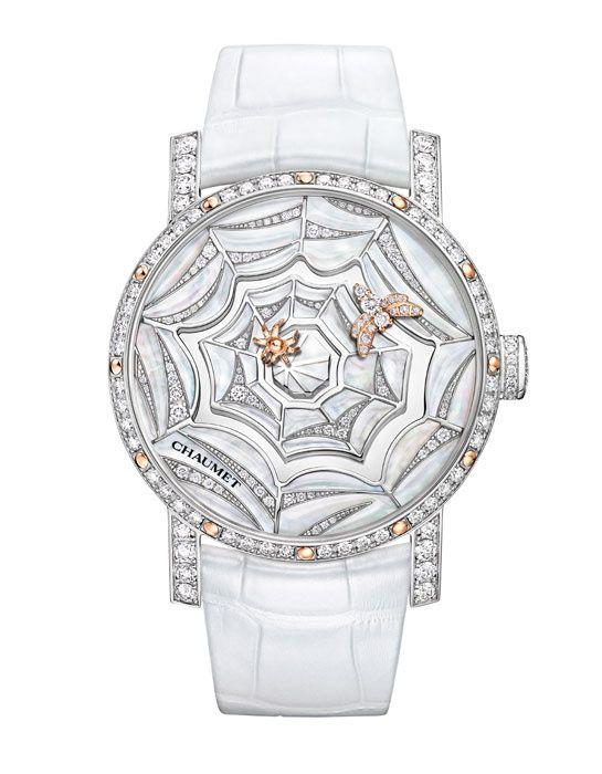 Le nouveau calibre exclusif de Chaumet montre http://www.vogue.fr/joaillerie/le-bijou-du-jour/diaporama/le-nouveau-calibre-exclusif-de-chaumet-montre-attrape-moi-si-tu-m-aimes-abeille-araignee/11800