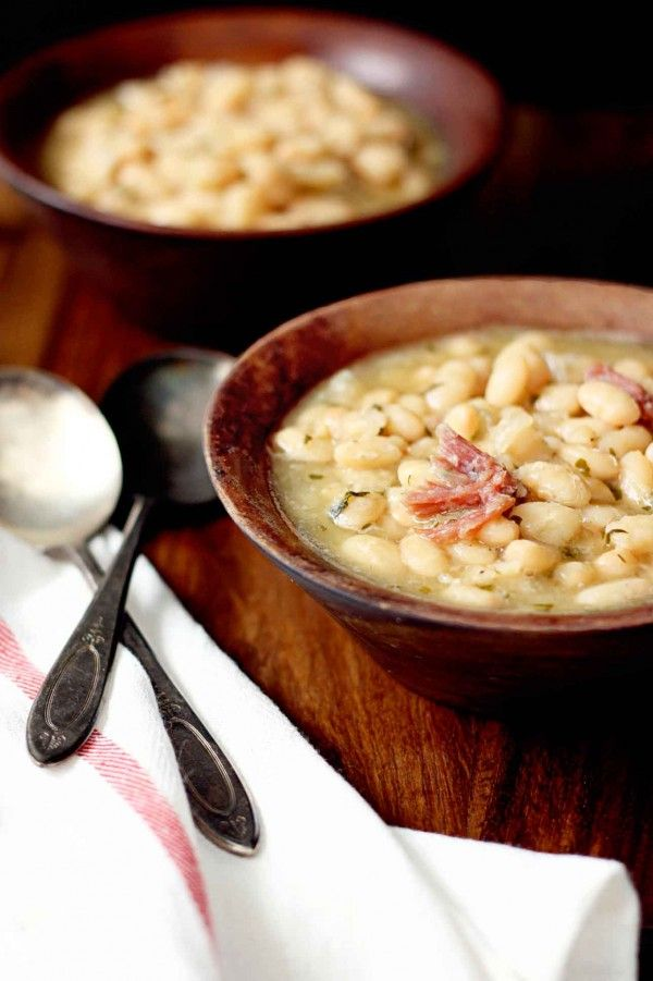 Simple and delicious White Bean Ham Hock Soup