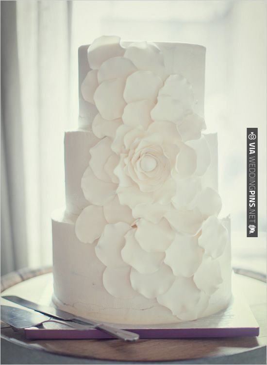 flower wedding cake   CHECK OUT MORE IDEAS AT WEDDINGPINS.NET   #weddingcakes