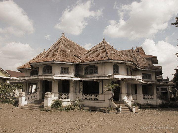 rumah kuno belanda - Penelusuran Google
