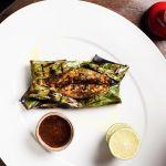 Маринованный лосось в банановом листе - ресторанный рецепт |FOODIKA - ФУДИКА