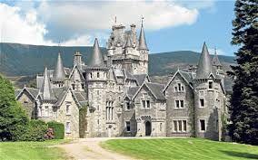 """Képtalálat a következőre: """"ardverikie castle"""""""