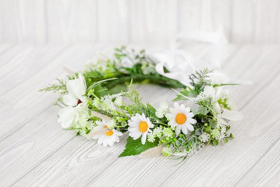 Chamomile Hair Accesories Wreath  The Chamomile Headpiece is handmade with Green and White Flower of Chamomile. The Flower Crown Wedding for hair is made on a metal base, w... #haircomb #jewerlyhair #weddingaccessory #bridalhairpiec #floralcomb #bridesmaidgift #bridesmaidhair #flowercomb #combbridal #weddingcomb