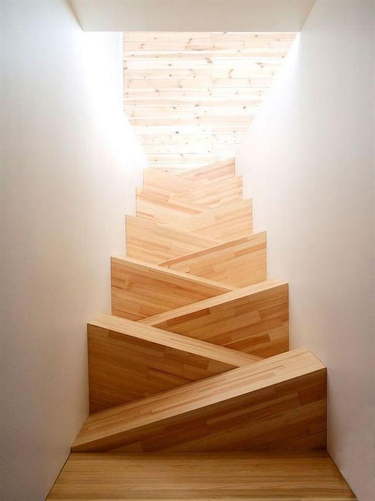 """""""Best"""" Stairs Design. Imagine after 2 glasses of wine. Hmmm, I'll just sleep here on  the landing!"""