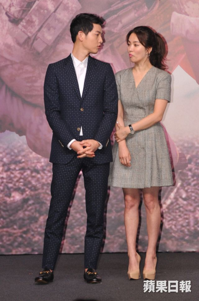 """""""Descendants of the Sun"""" Press Conference in Hong Kong"""