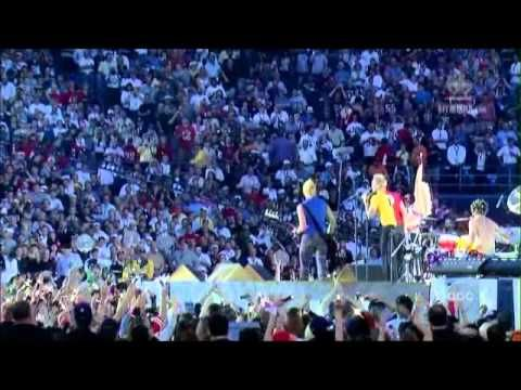 No Doubt's 2003 Super Bowl Halftime Show Performance with Sting!