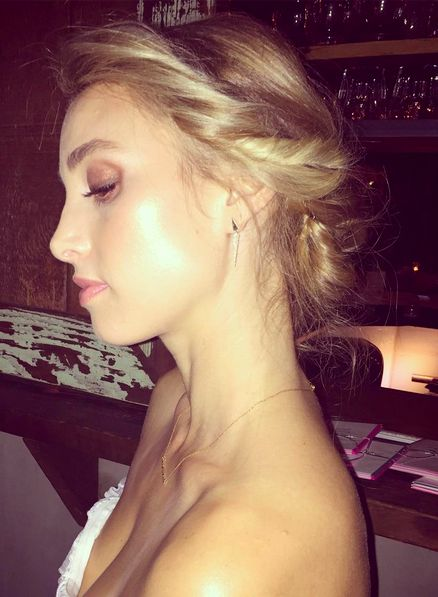 How to copy Whitney Port's soft and sweet bridal makeup