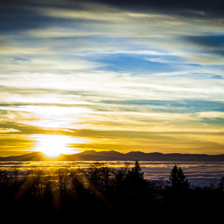 Vancouver // Sunset at Simon Fraser University // Image by Ray Urner // www.rayurner.com