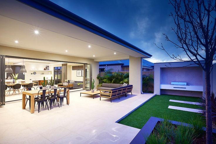 The #NewYorkPlatinum #displayhome, only at  #HomeGroupWA - Outdoor area