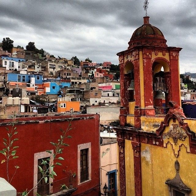 AFAR co-founder @Joseph Diaz spent the holidays exploring #Mexico -- here's an awesome shot of #Guanajuato from the terrace of Casa Cuatro.