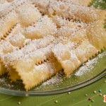 Ricetta Crostoli di Carnevale | Tgcom24 - Pronto in tavola