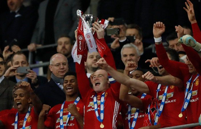 EFL Cup: Ibrahimovic scores twice as Mourinho wins first Manchester United trophy
