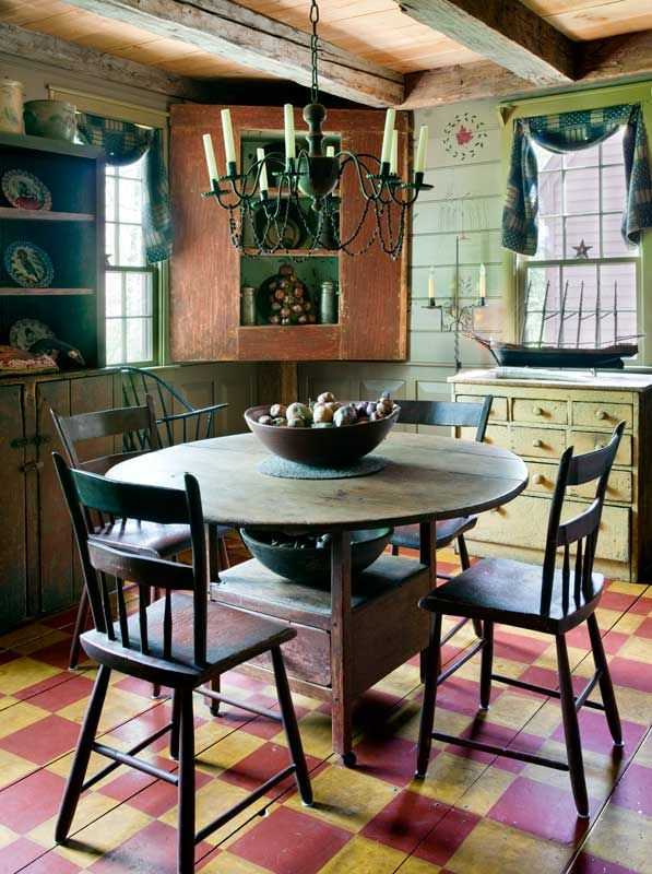 Prim Dining...painted wooden floor...corner cupboard.Old House, Prim Country Colonial, Primitives Kitchens, Country Colonial Decor, Primitives Decor, Primitve Room, Plywood Floors, Primitives Painting Floors, Country Look