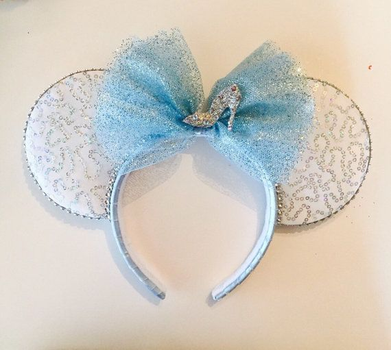 SO...I'm not such a big disney person but everyone should have a pair of mickey mouse ears, am i right? I wanna make one Cinderella themed....knock yourself out if you dare! by Yeselyscreations on Etsy