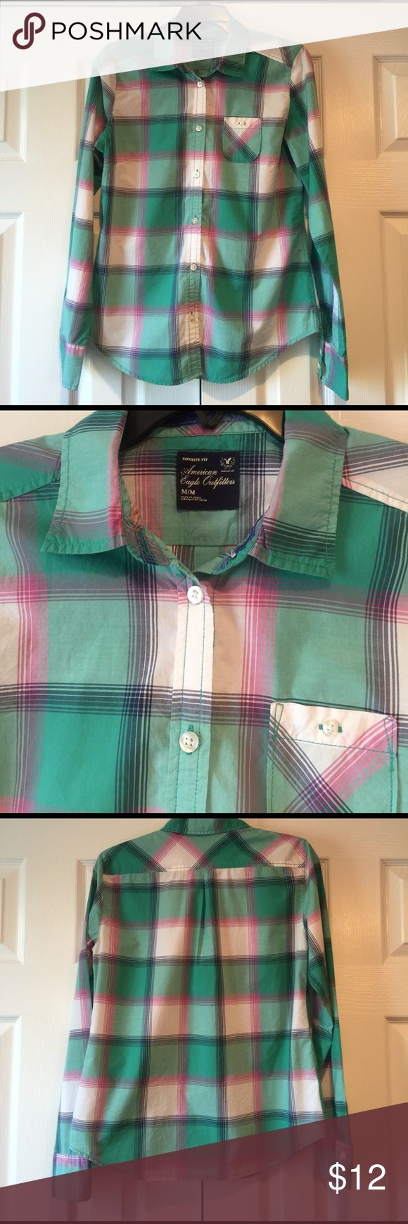 American Eagle Plaid shirt AE Outfitters plaid shirt-not flannel. 100% cotton. Great for cool spring days. Great condition and from smoke and pet free home. American Eagle Outfitters Tops Button Down Shirts