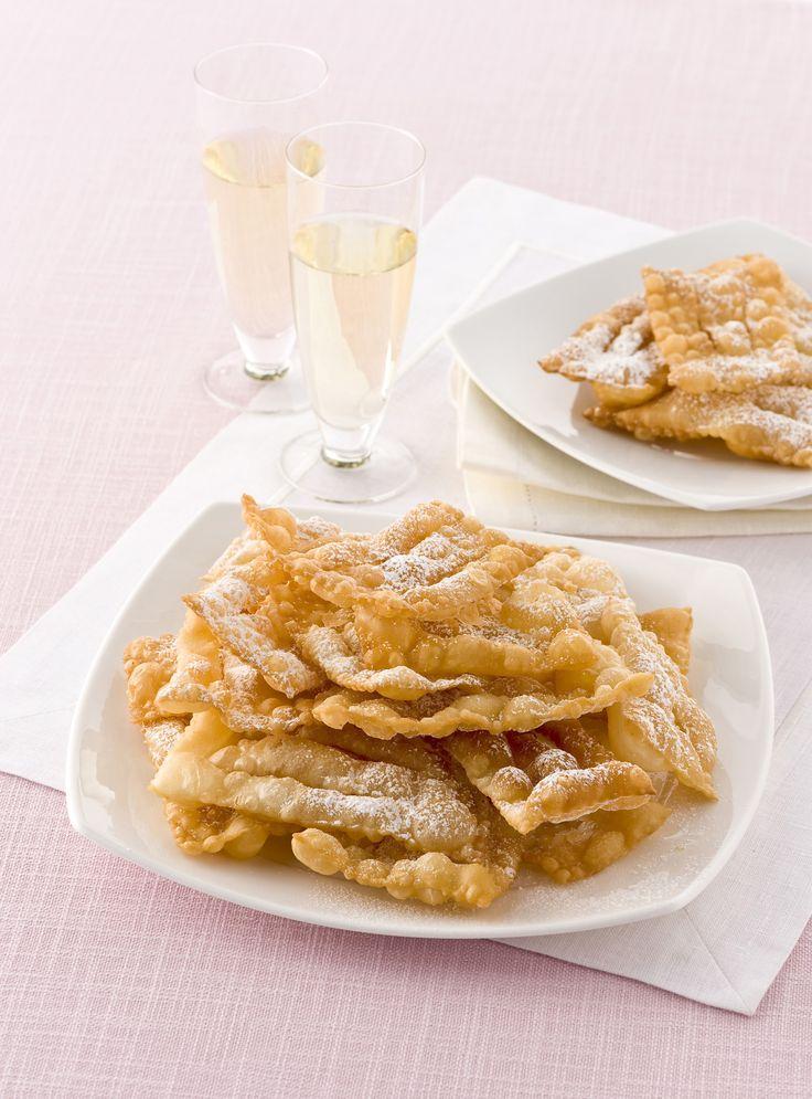 Carnevale è la festa più allegra dell'anno, quella in cui regalarsi qualche peccato di gola in più. Festeggialo con le golose ricette di Sale&Pepe.