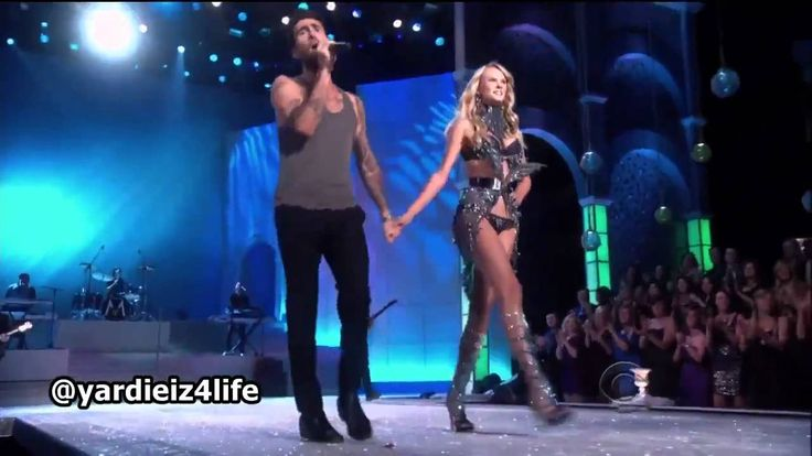 Maroon 5 - Moves Like Jagger, Victoria's Secret Fashion Show Live Performance.mp4 So flirty and fun!