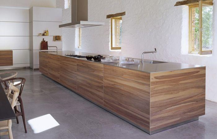keukeneiland in hout en inox