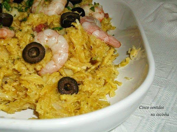 Cinco sentidos na cozinha: Bacalhau à Brás com camarão e chouriço