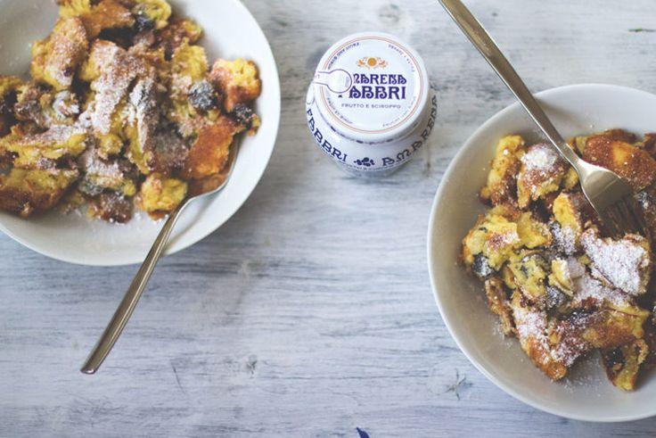 Sonntagsfrühstück: Ofenschmarrn mit Amarena-Kirschen