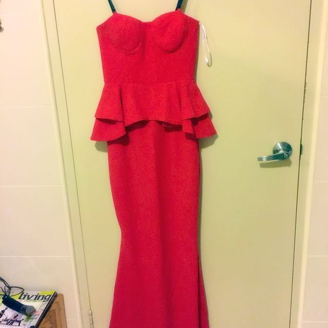 Red Sheike Dress on Carousell