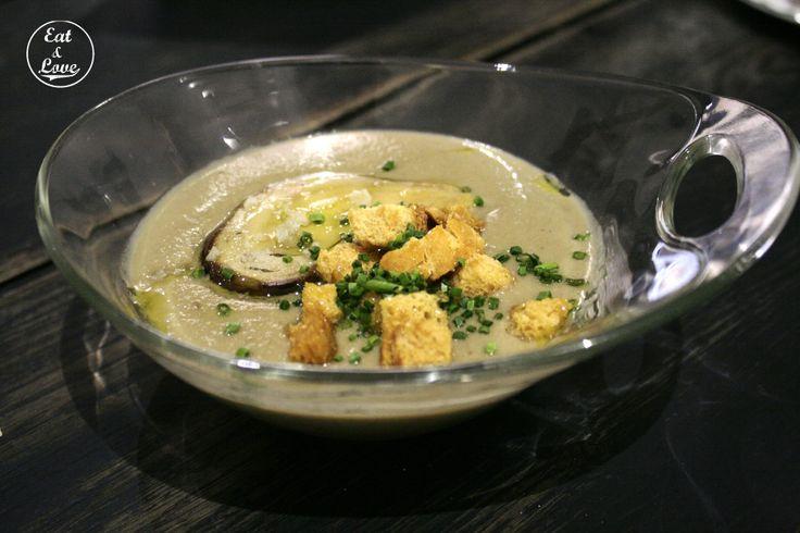 Crema de setas con foie y aceite de oliva - Restaurante Triciclo - Madrid - Huertas