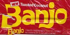Banjo was launched in 1976 and had two chocolate wafers with a layer of chopped peanuts. There were two flavours; roast nut and toasted coconut.
