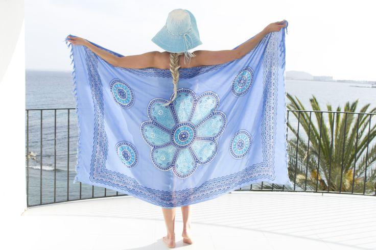 Krijg jij al zin in de vakantie?? Ik wel! Zie jij je al in deze Pure Kenya omslagdoek?? Wat een beauty!! Prijs: 24 euro. Shop at: https://www.mbstylingshawls.nl/shop/pure-kenya-strandlaken/pure-kenya-sarong-blue-turquoise-blue/?utm_content=buffer36799&utm_medium=social&utm_source=pinterest.com&utm_campaign=buffer  #purekenyasarong #purekenya #purekenyaomslagdoek