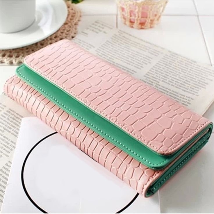 Women Stone Pattern Leather Wallet, Fashion Contrast Color 3 Fold Credit ID Card Holder Purse Handbag Clutch $12.18 (free shipping)