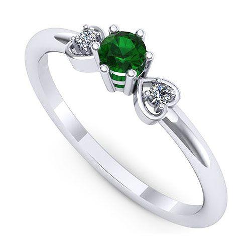 Inel logodna F68ASM * Piatra principala: 1 x smarald, dimensiune: ~3.20mm, forma: round * Pietre secundare: 2 x diamant, dimensiune: ~1.50mm, greutate totala: ~0.03ct, forma: round * Gramaj: ~1.50gr
