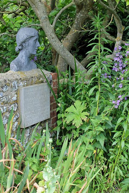 Bust of Virginia Woolf, Monk's House. Her ashes were scattered near this spot. Lizzie927, Flickr