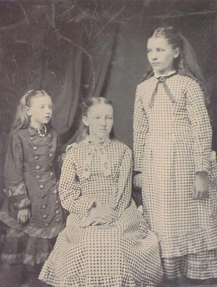"""Laura Ingalls (right), with her sisters Carrie (left) and Mary Ingalls. In 2014, the South Dakota State Historical Society published, Pioneer Girl, the annotated autobiography of Laura Ingalls Wilder, author of the Little House books. In her real life, Wilder witnessed more violence, drinking and domestic abuse than you'd ever know from the children's books. """"Most of that sort of thing ... actually happened in a one-year time frame ... the year that the family was in Iowa,"""""""