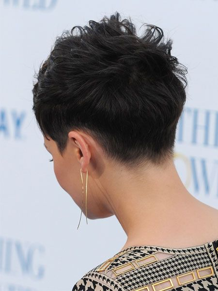 How to Create an Edgier Hairstyle Like Ginnifer Goodwin's 2011-05-04 12:16:00 | POPSUGAR Beauty Photo 1