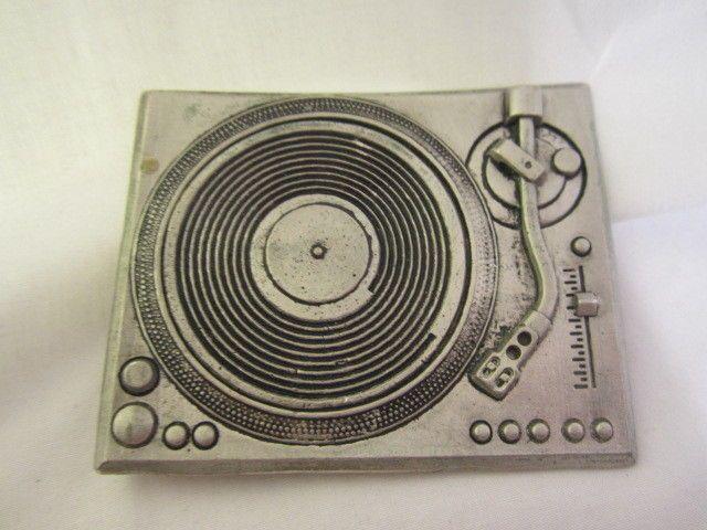 Turntable Belt Buckle Mobtown 2005 Record Player Turn Table Disc Jockey DJs DJ   #ChicagoMobtown #DJ #records #albums