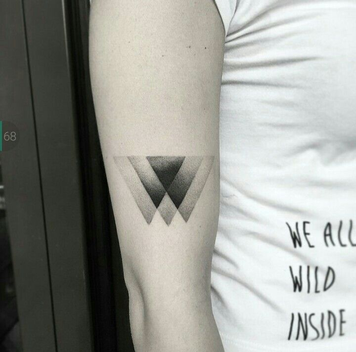 199 best tattoo images on pinterest tattoo ideas tattoo inspiration and god tattoos - Tatouage 3 points en triangle ...